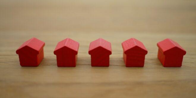 Nekilnojamojo turto vidutinė rinkos kaina ir kaip ją nustatyti?